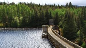 River Spean Staudamm Highlands