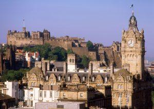 Reise nach Edinburgh